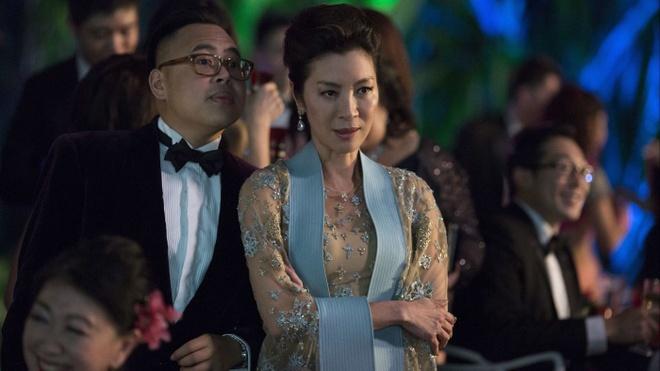 Thoi trang cua gioi sieu giau trong phim 'Crazy Rich Asians' hinh anh