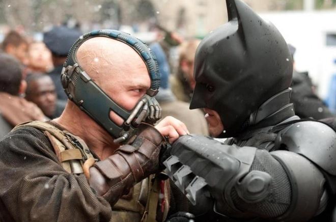 Tong thong Trump bi khieu nai ban quyen vi dung nhac phim ve 'Batman' hinh anh 1