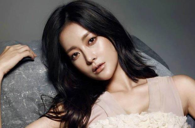 Ahn Jae Hyun khoi kien Goo Hye Sun sau loat thong tin bat loi hinh anh 2