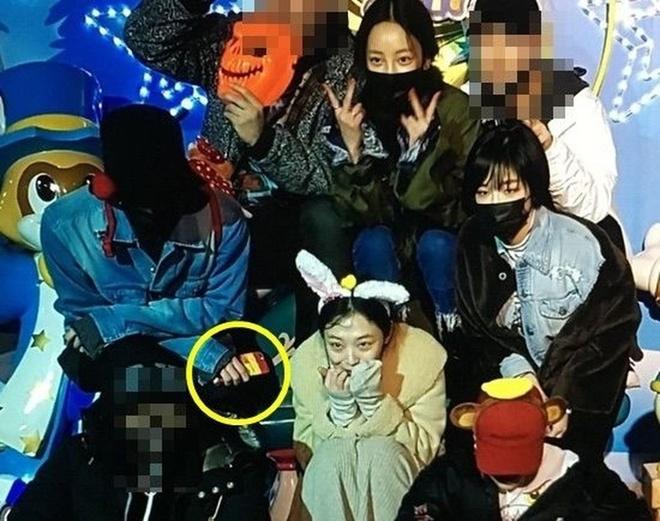 Goo Hara xoa anh chup voi G-Dragon sau 30 phut dang tai hinh anh 2