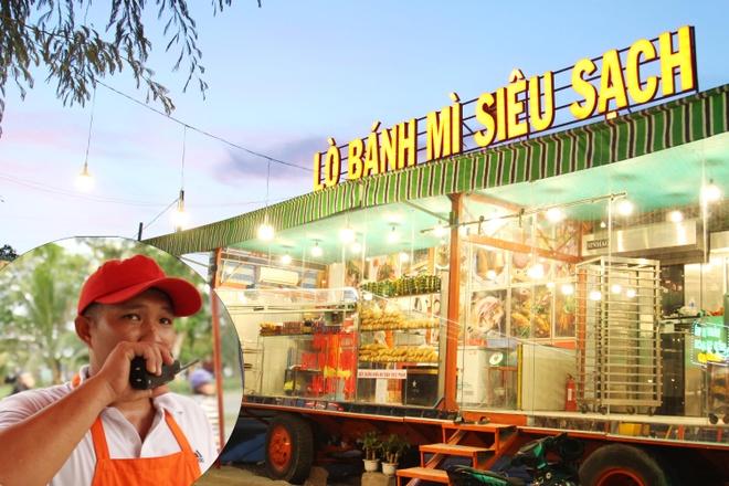 Doc dao xe banh mi container bang chuyen goi mon bang bo dam o Sai Gon hinh anh