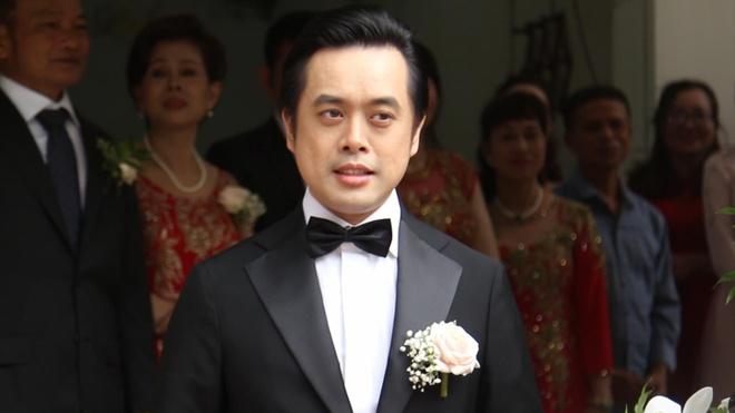 Duong Khac Linh va dang trai xuat hien hoanh trang trong le ruoc dau hinh anh