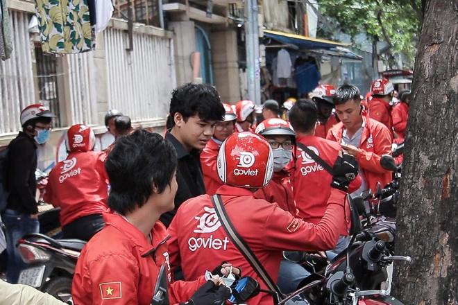 Tai xe Go-Viet keo den tru so phan doi chinh sach moi hinh anh