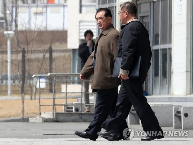 Ong Kim 'len chuyen tau dac biet ngay 23/4' toi gap Tong thong Putin hinh anh 2