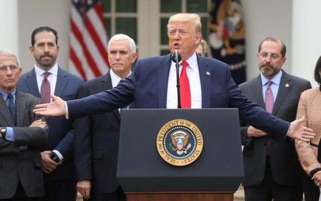 Tong thong Trump ban bo tinh trang khan cap quoc gia vi virus corona hinh anh 1 2020_03_13T204403Z_391671745_RC28JF94BZ89_RTRMADP_3_HEALTH_CORONAVIRUS_USA_EMERGENCY.JPG