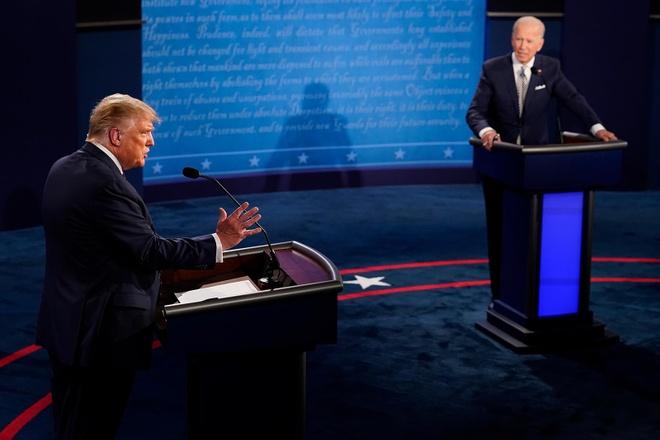 Trump - Biden buoc vao buoi 'so gang' dau tien anh 7