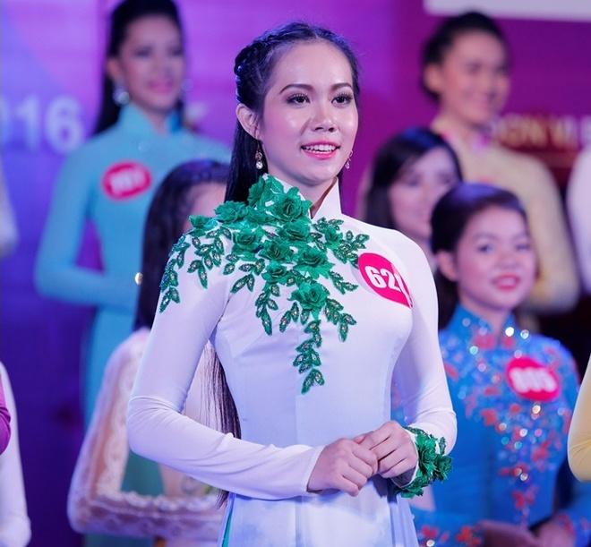 10 guong mat vao chung ket 'Nu sinh Viet Nam duyen dang' hinh anh 1