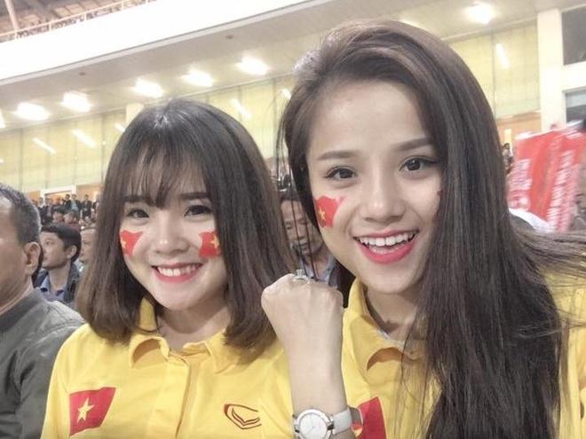 Thieu nu noi bat tai SVD My Dinh: 'Toi bi dan mang nem da' hinh anh