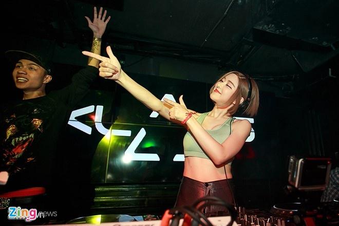 DJ Soda dang clip du lich mien song nuoc tai Viet Nam hinh anh 2