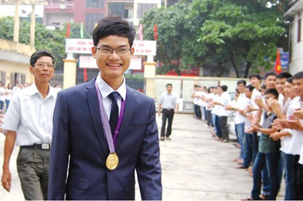 Olympic Quoc te anh 1