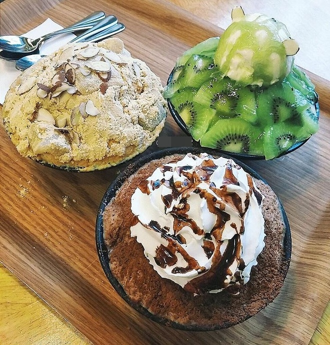 Co gai Food Reviewer noi tieng Ha Noi anh 6