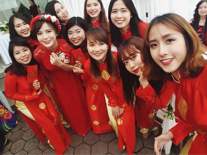 hot girl Tu Linh an hoi anh 4