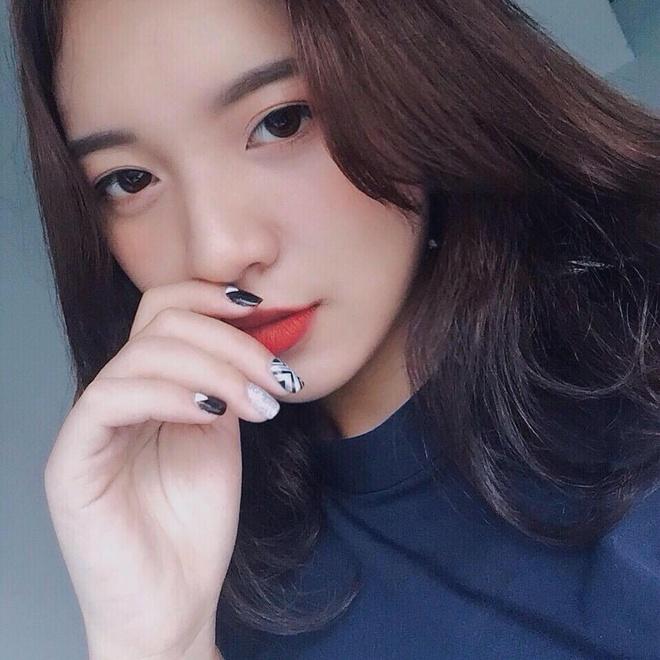Khong chi la MC tai nang, nu sinh truong bao con rat xinh dep hinh anh 5