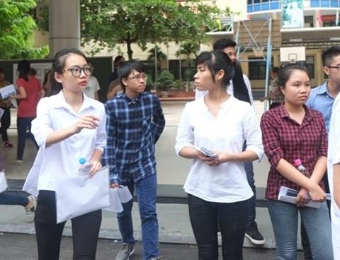 Ha Noi tap trung on tap cho hoc sinh yeu kem thi THPT quoc gia 2017 hinh anh 1