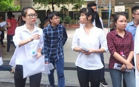 Ha Noi tap trung on tap cho hoc sinh yeu kem thi THPT quoc gia 2017 hinh anh