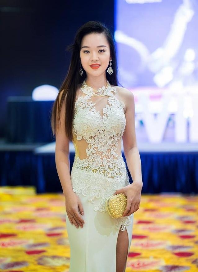 'Tieu doi truong xinh dep' du thi Hoa hau Hoan vu Viet Nam 2017 hinh anh 4