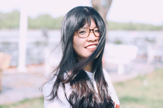 Nu sinh Sai Gon cover 'Despacito' bang 8 thu tieng hinh anh 3