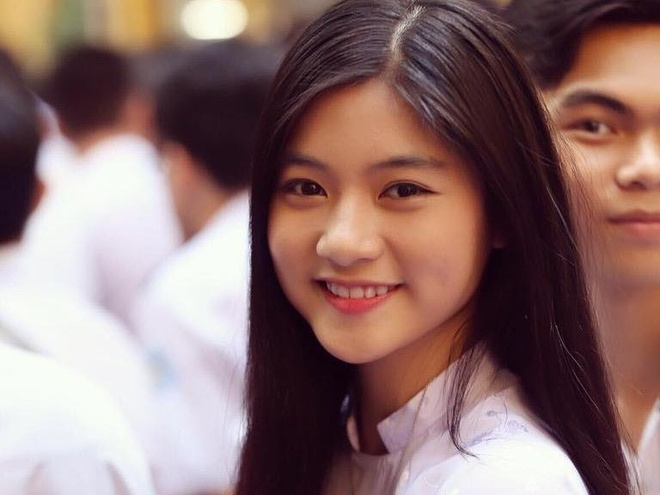 Nu sinh Sai Gon co ma lum xinh dep khong thich duoc goi la hot girl hinh anh