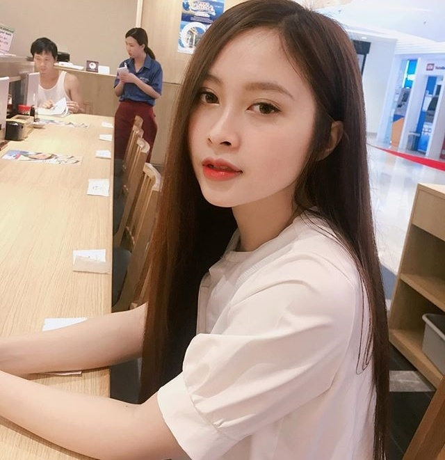 Nu sinh truong ky thuat duoc vi nhu hot girl trong lop toan nam hinh anh 7