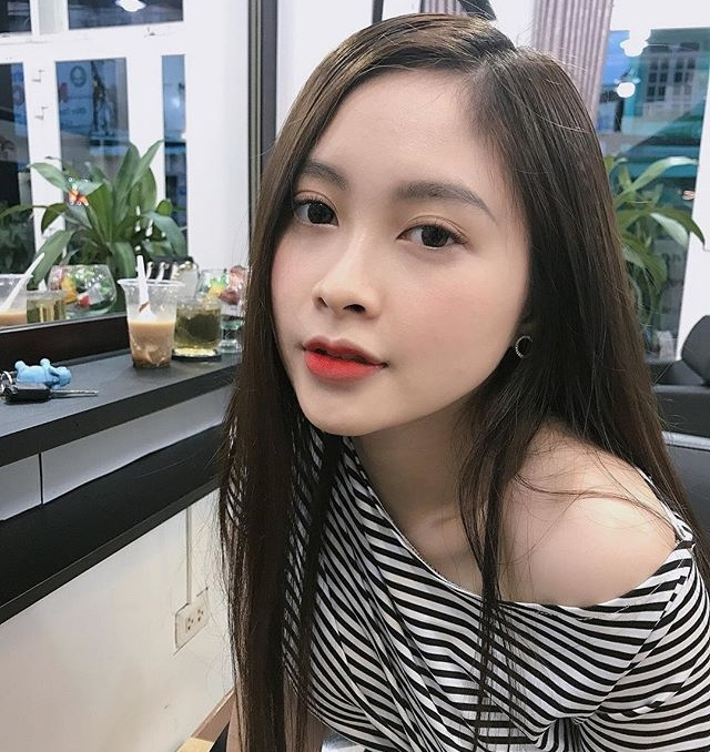 Nu sinh truong ky thuat duoc vi nhu hot girl trong lop toan nam hinh anh 1
