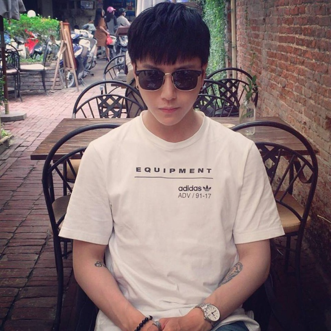 9X Dai hoc Thang Long duoc khen dep trai giong nguoi noi tieng hinh anh 6
