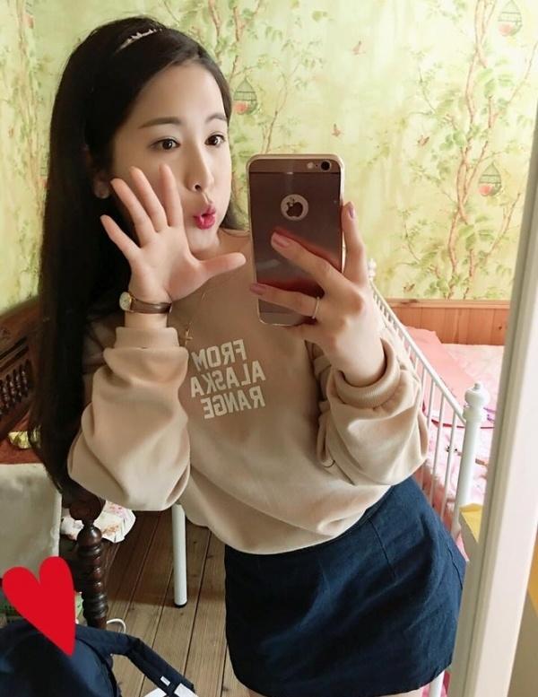 hot girl nuoc ngoai hat tieng Viet anh 9