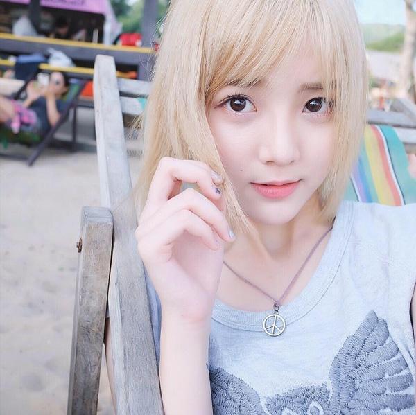 hot girl nuoc ngoai hat tieng Viet anh 5