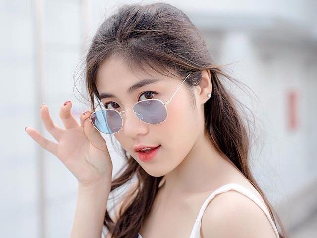 Ban co biet hot girl nao dang 'khuay dao' mang xa hoi Viet? hinh anh