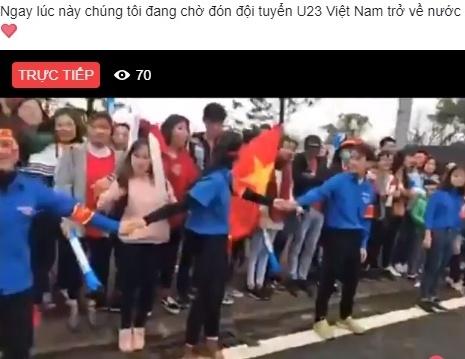 Mang xa hoi ngap tran sac do chao don U23 Viet Nam tro ve hinh anh 8