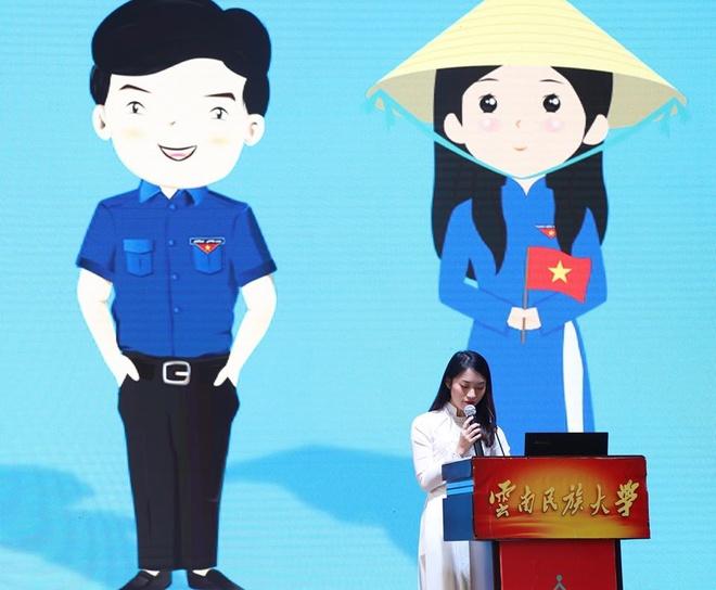 Khanh Vy dai dien thanh nien Viet Nam thuyet trinh tai Trung Quoc hinh anh 2