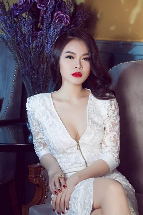 Giang Hong Ngoc: 'Toi de mat moc rat giong chi Ho Ngoc Ha' hinh anh 1