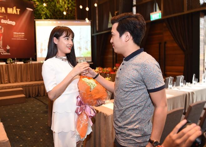 Nha Phuong nguong khi Truong Giang to tinh giua hop bao hinh anh 1