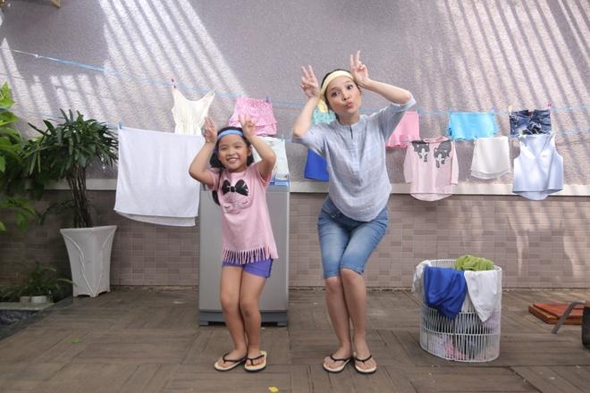 Hien Thuc lam ba me vui tinh trong MV moi hinh anh 3
