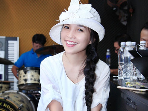 Hien Thuc khong con ban tam chuyen qua khu voi Tuan Thang hinh anh