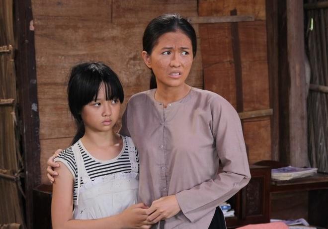 Tao hinh xau xi cua Thuy Trang trong phim moi hinh anh