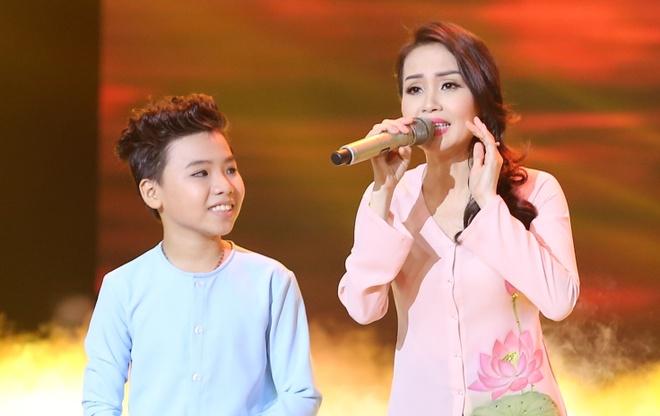 Cam Ly: 'Cong Quoc lo toi buon khi khong dau quan quan' hinh anh
