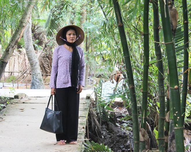 Be An 'Dat phuong Nam' nghien ngap trong phim hinh su hinh anh 5