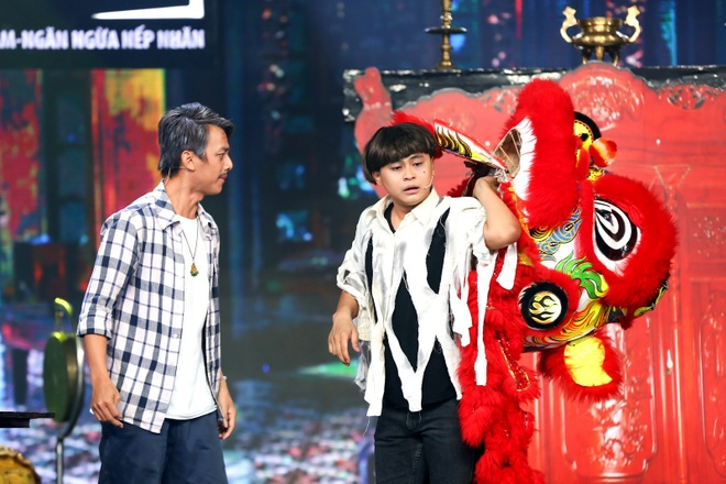 Don Nguyen tiep tuc gia gai trong Cuoi xuyen Viet hinh anh 5