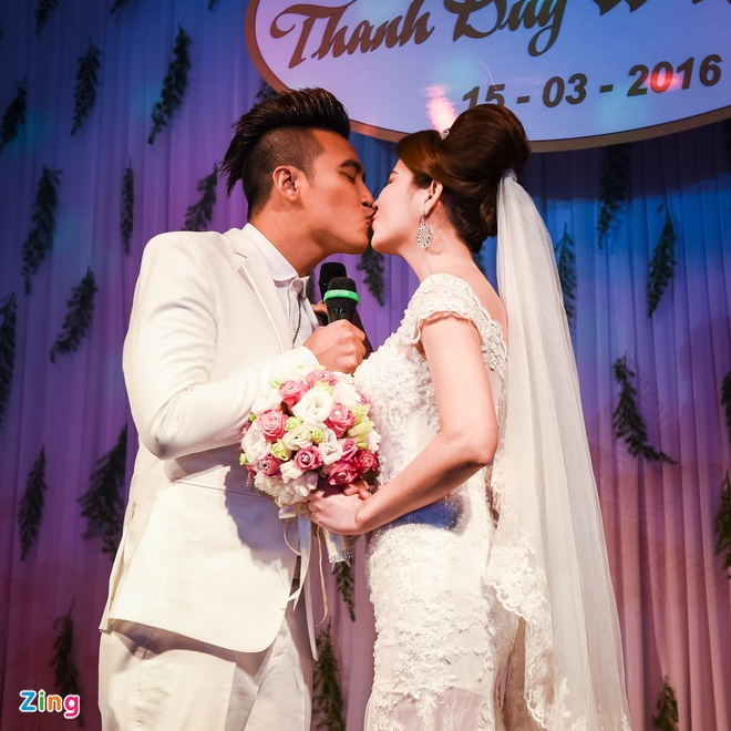 Thanh Duy - Kha Ly bat khoc trong hon le vi MC Dai Nghia hinh anh 7