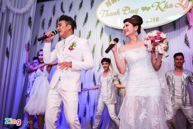 Thanh Duy - Kha Ly bat khoc trong hon le vi MC Dai Nghia hinh anh 12