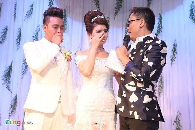 Thanh Duy - Kha Ly bat khoc trong hon le vi MC Dai Nghia hinh anh 11
