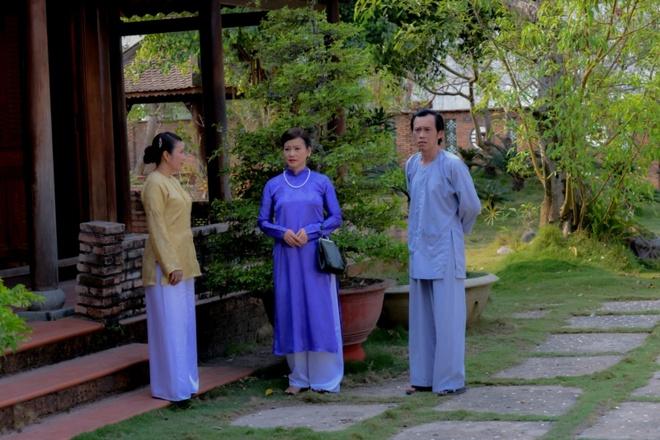 Hoai Linh lam soan gia ganh hat tren phim hinh anh 3