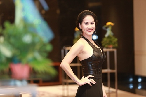 Than Thuy Ha khong yeu cau chong cu chu cap tien nuoi con hinh anh