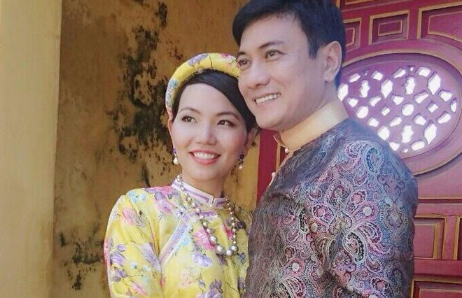 Hoang Phuc chuan bi cuoi vo doanh nhan hinh anh