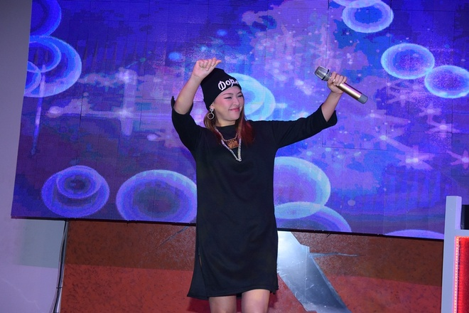 Thao Trang ngau hung hat cung Hoang Rapper hinh anh 4