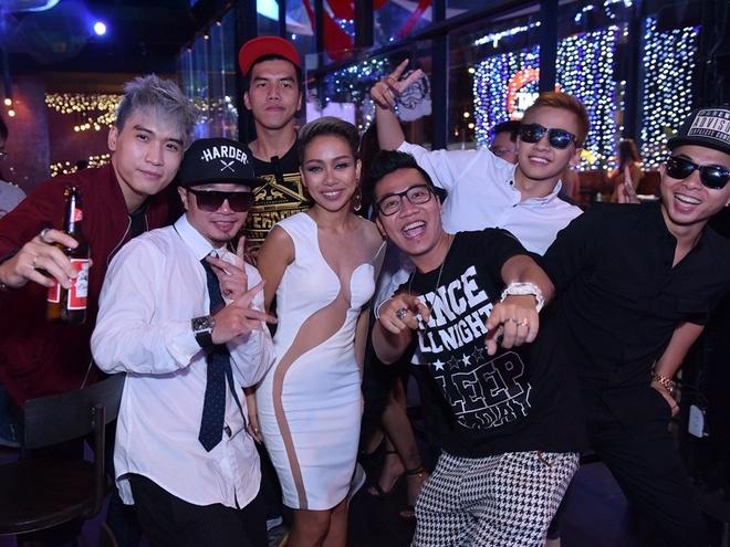 Thao Trang ngau hung hat cung Hoang Rapper hinh anh 3