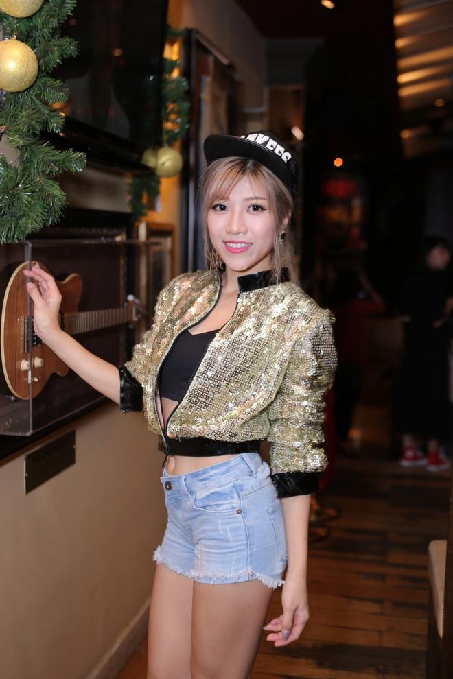 Phuong Uyen - Thieu Bao Trang du ra mat phim ca nhac hinh anh 5