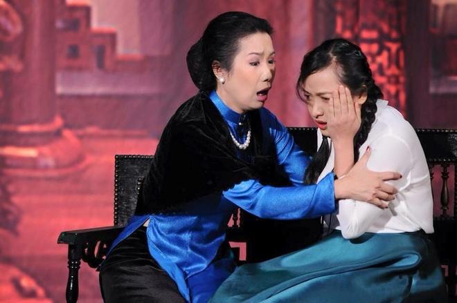 Le Be La: 'Chong goi toi la ba me phu thuy' hinh anh 2