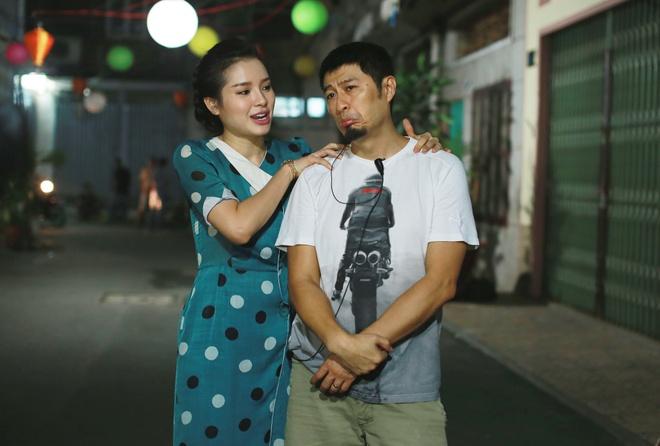 Johnny Tri Nguyen hen ho voi Phuong Trinh Jolie trong phim hinh anh 5