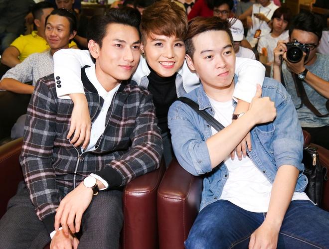 MC Thuy Minh be con trai den chuc mung Vu Cat Tuong hinh anh 7